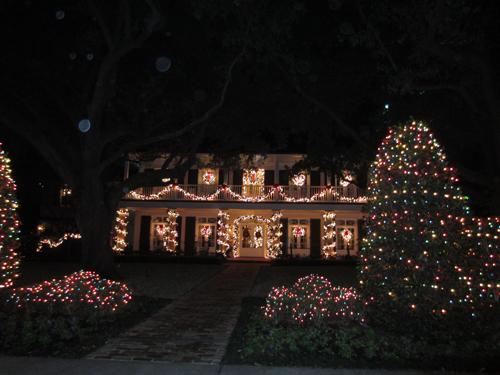 best christmas decorations dallas