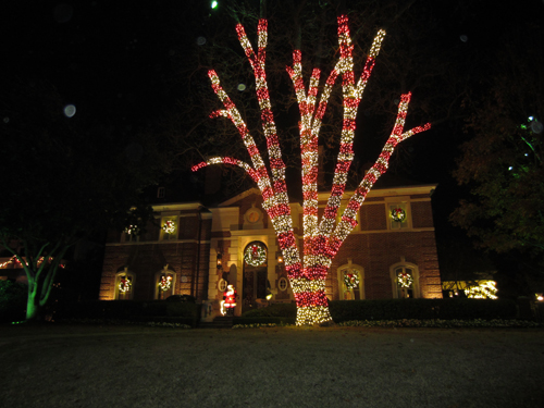 dallas large christmas lawn decorations near fair park