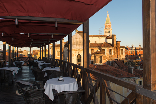 rooftop cocktails venice tally