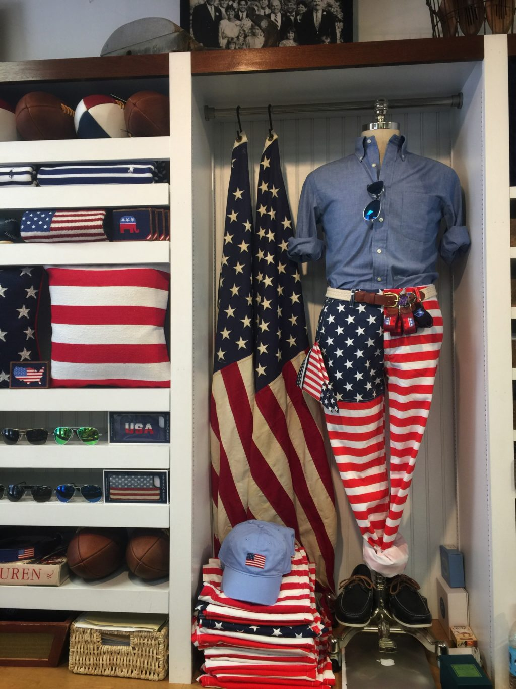 Murray's Toggery Shop in Sconcet Nantucket Fourth of July - SBLongInteriors - Dallas Interior Design2